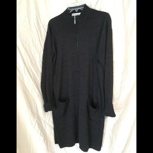 Gray sweater dress with big front pockets!